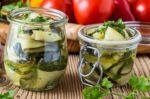 Салат из кабачков на зиму: только лучшие рецепты!