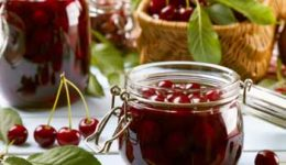 Варенье из вишни - рецепты с косточками и без. Подготовка ягод
