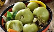 Зелёные помидоры на зиму - вкусные рецепты с фото