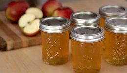 Яблочный сок на зиму в домашних условиях с фото