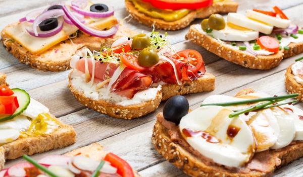 Вариантов бутербродов на стол — 3