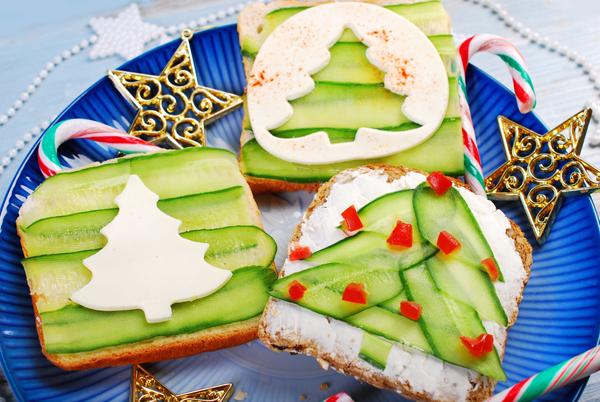Как красиво украсить бутерброды на праздничный стол
