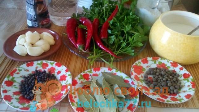Как мариновать томаты с кетчупом чили