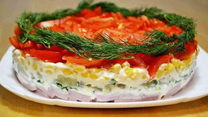 Лучшие простые рецепты салатов на праздничный стол