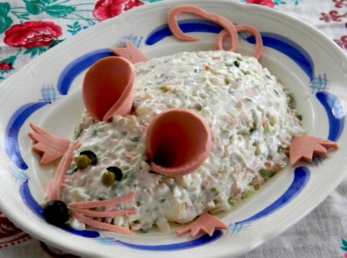 «Мышка» с кальмаром и плавленым сыром